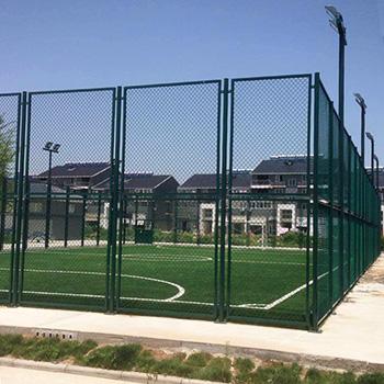 扬州市钢结构框架式围网笼式足球场
