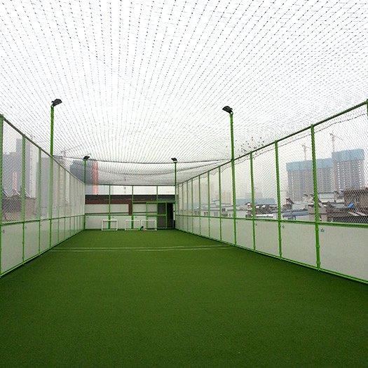 武汉新合村足球特色小学笼式足球场